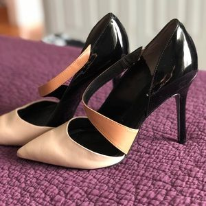 Guess shoes. Size 10